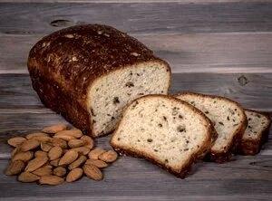 almond chleb gluten